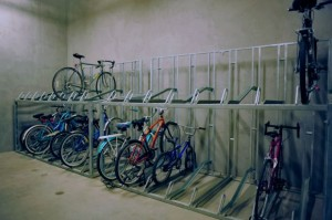 Bicicletero de doble altura